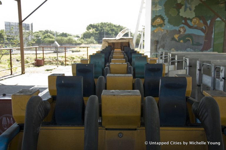 The rollercoaster carts remain at the park © Michelle Young/Untapped Cities