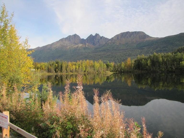 Reflection Lake   © Lynda Cazort/Flickr