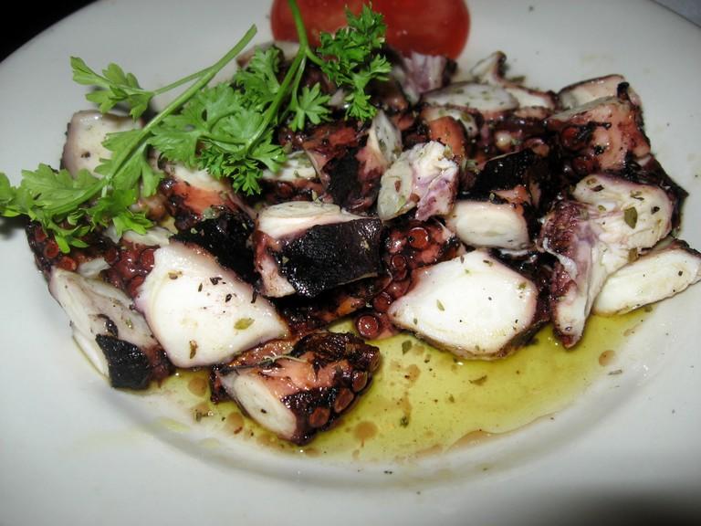 Grilled Octopus | © Arnold Gatilao/Flickr