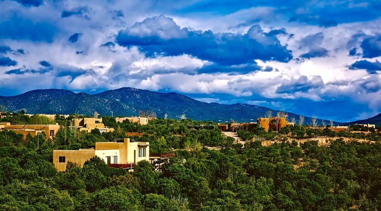 Santa Fe | Public Domain/Pixabay