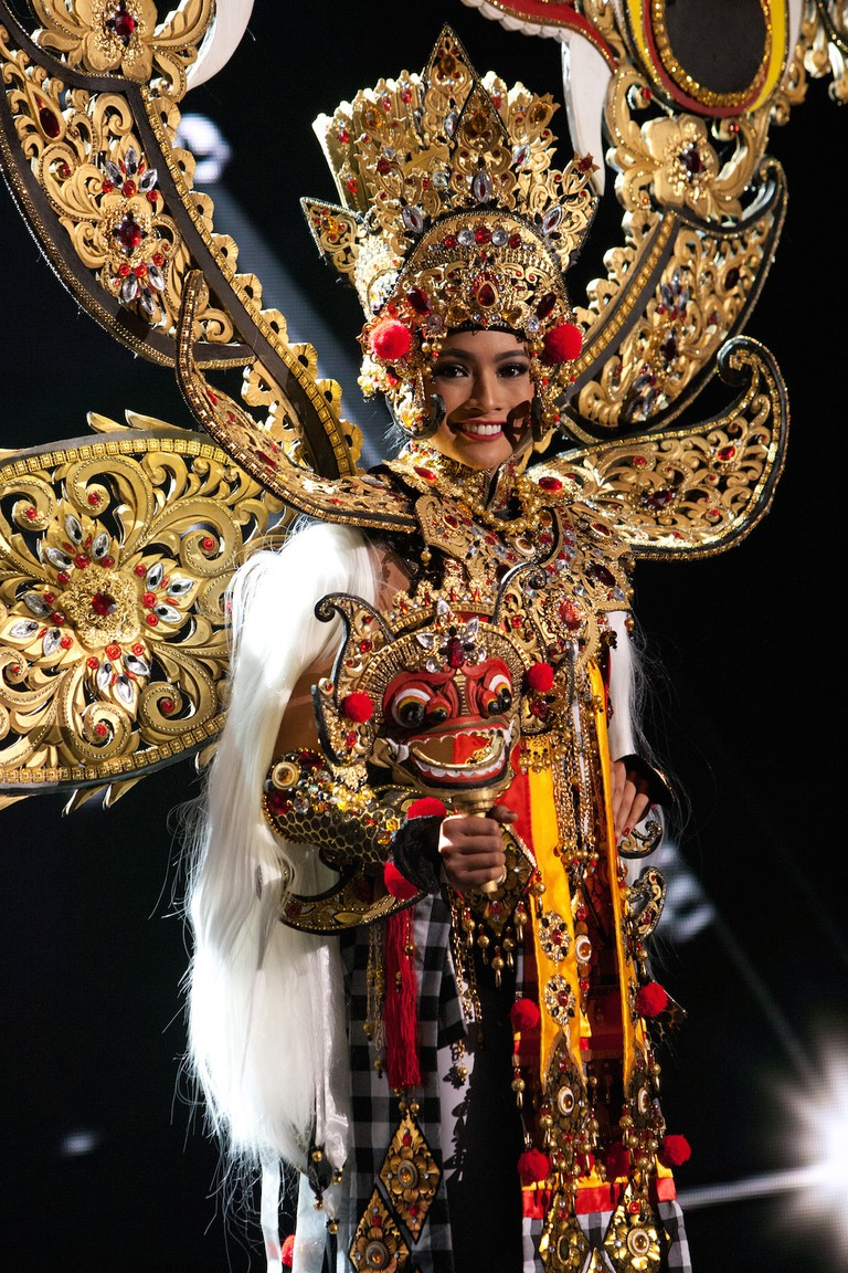 Miss Indonesia 2015 © Miss Universe 2015