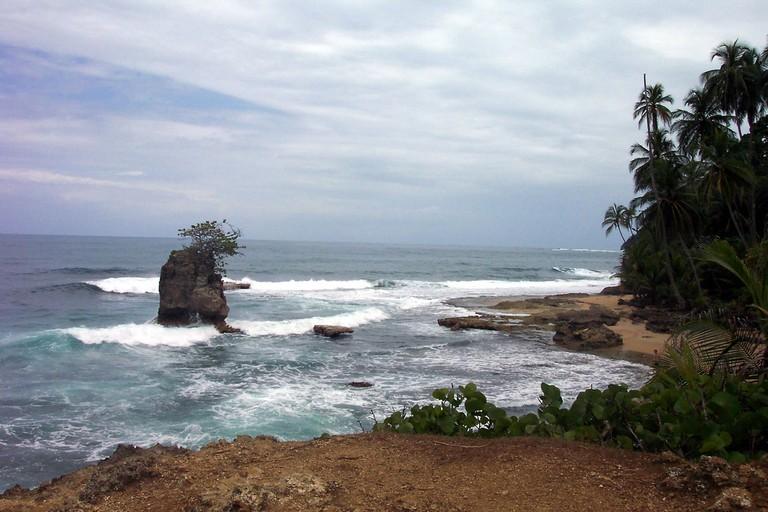 Caribbean Sea lookout point/Mercedea/Flickr