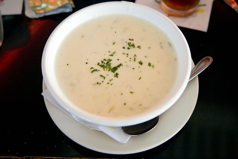 Clam Chowder | © Elliot / Flickr