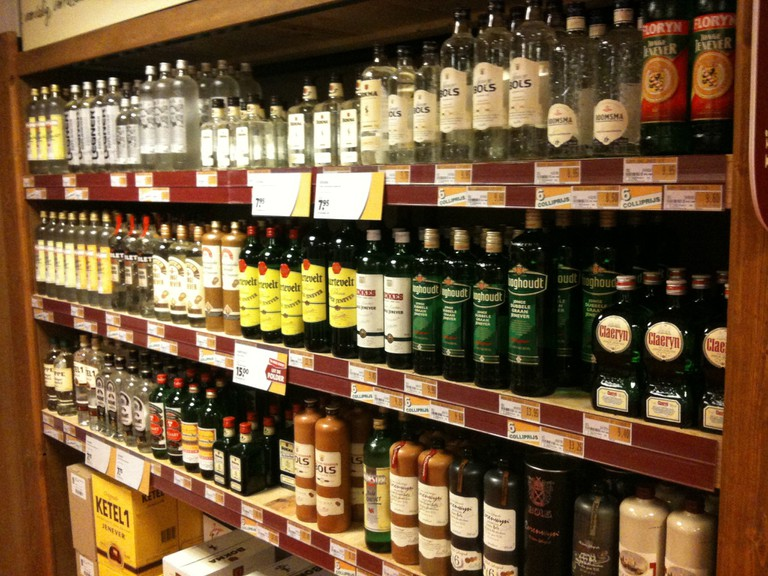 Most off licenses in Amsterdam keep a shelf allocated for jenever | © cafuego / Flickr