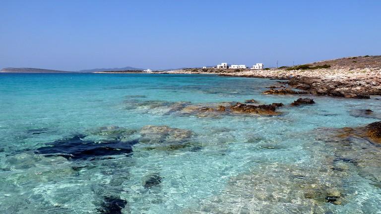 Small beach next to Farangas, Paros | © Kostas Limitsios/Flickr