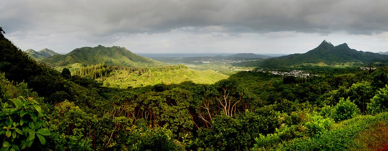 Oahu Landscape | © Bernard Spragg. NZ/Flickr