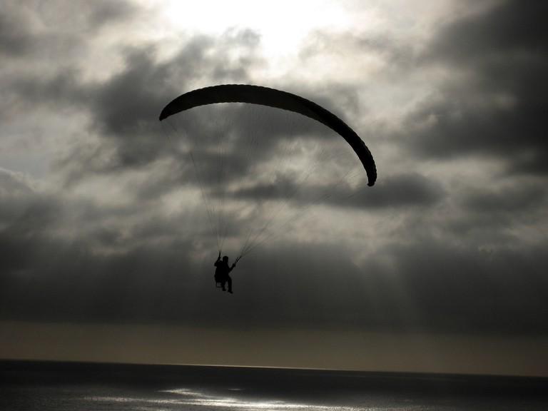 Paragliding |© Matthew Bietz/Flickr