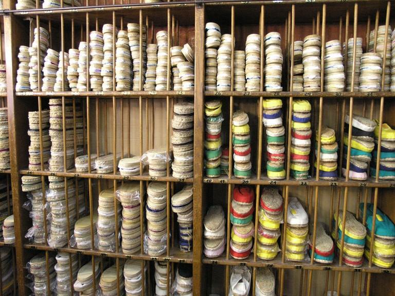 A shop selling traditional espardenyes © Eusebio Perdiguero
