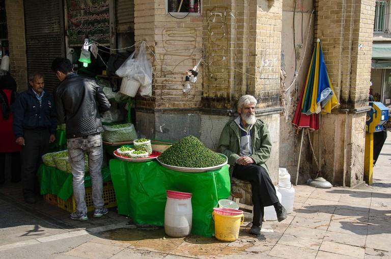 Spring almonds in the Tajrish Bazaar | © Kamyar Adl / Flickr
