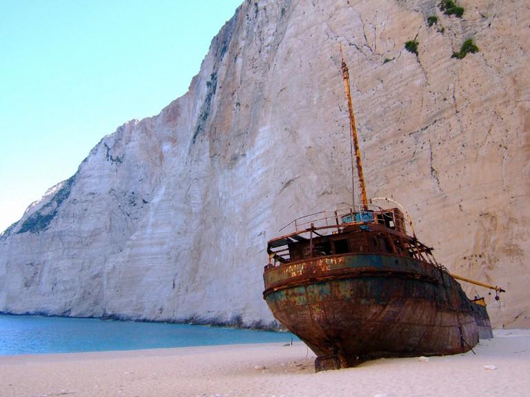 Shipwreck at Navagio | © Ghost of Kuji/Flickr