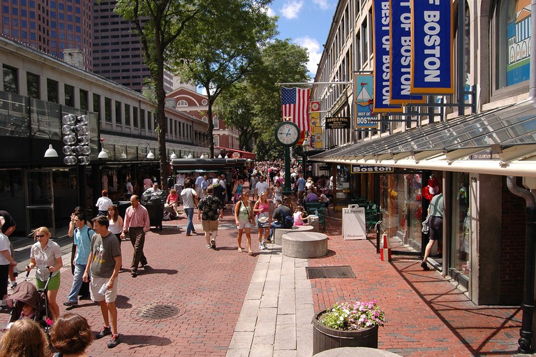 Faneuil Hall Marketplace | © 6SN7 / Flickr