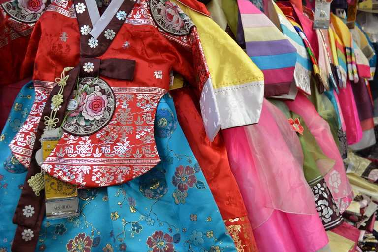 Colourful children's hanbok on display at a market | © Rowan Peter / Flickr