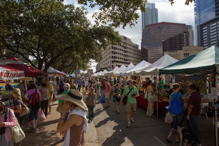 Downtown Austin Farmer's Market © Lars Plougmann