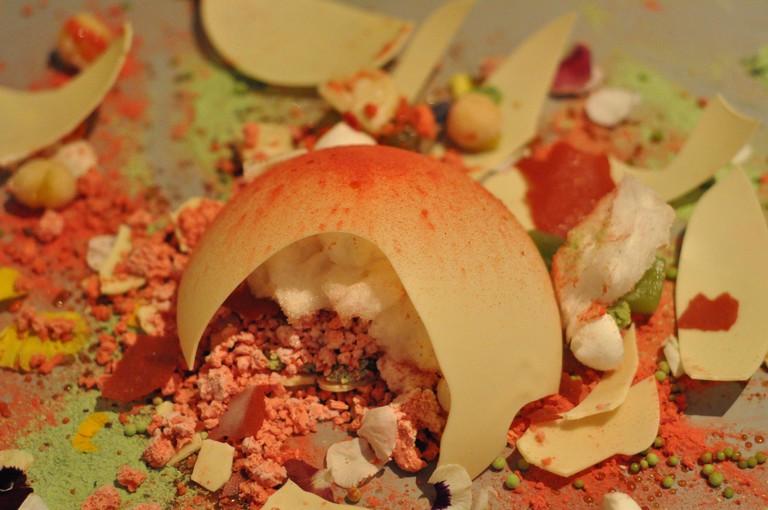A dish served at Alinea   © Kimberly Vardeman / Flickr