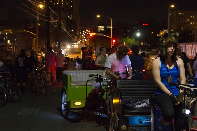 Pedicabs on Rainey Street ©@mrlaugh