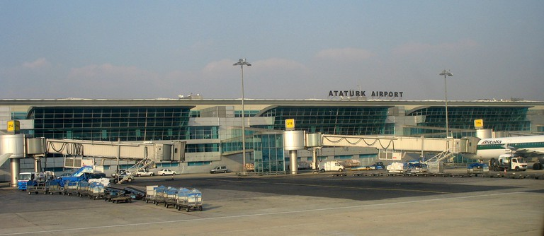Ataturk Airport | © Citrat/Wikimedia Commons