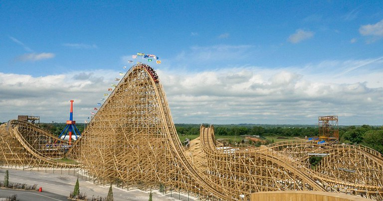 The Cú Chulainn Coaster in Tayto Park, Ireland | © KillianfromTaytoPark/WikiCommons