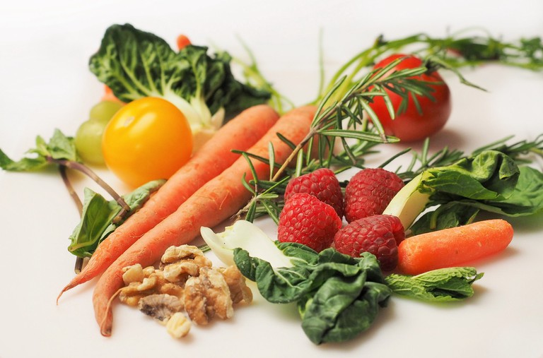 The Mayo Clinic Diet relies on veggies, fruits and grains / Pexels