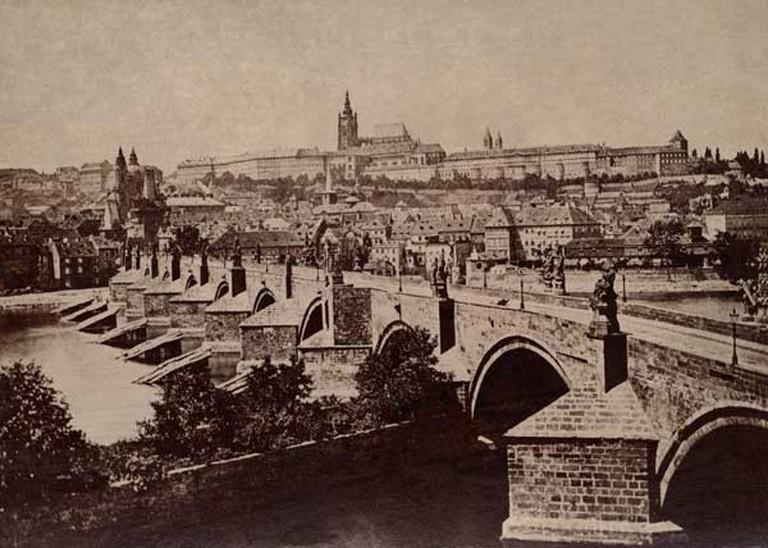 Prague Castle in 1870   © František Fridrich / Wikimedia Commons