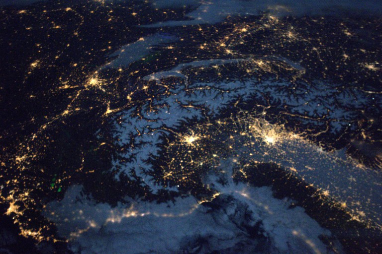 Cities at Night │© ESA/NASA