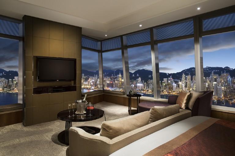 Club Grand Victoria Harbour Room/Courtesy of the Ritz-Carlton
