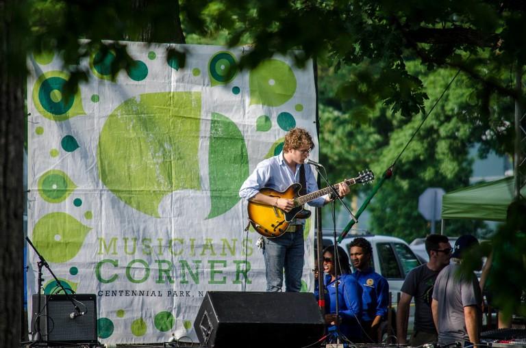 Concert in the park | © Robert Claypool / Flickr