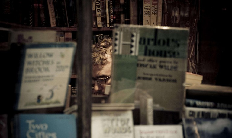 Getting lost in amazing Parisian bookstores │© martingreffe