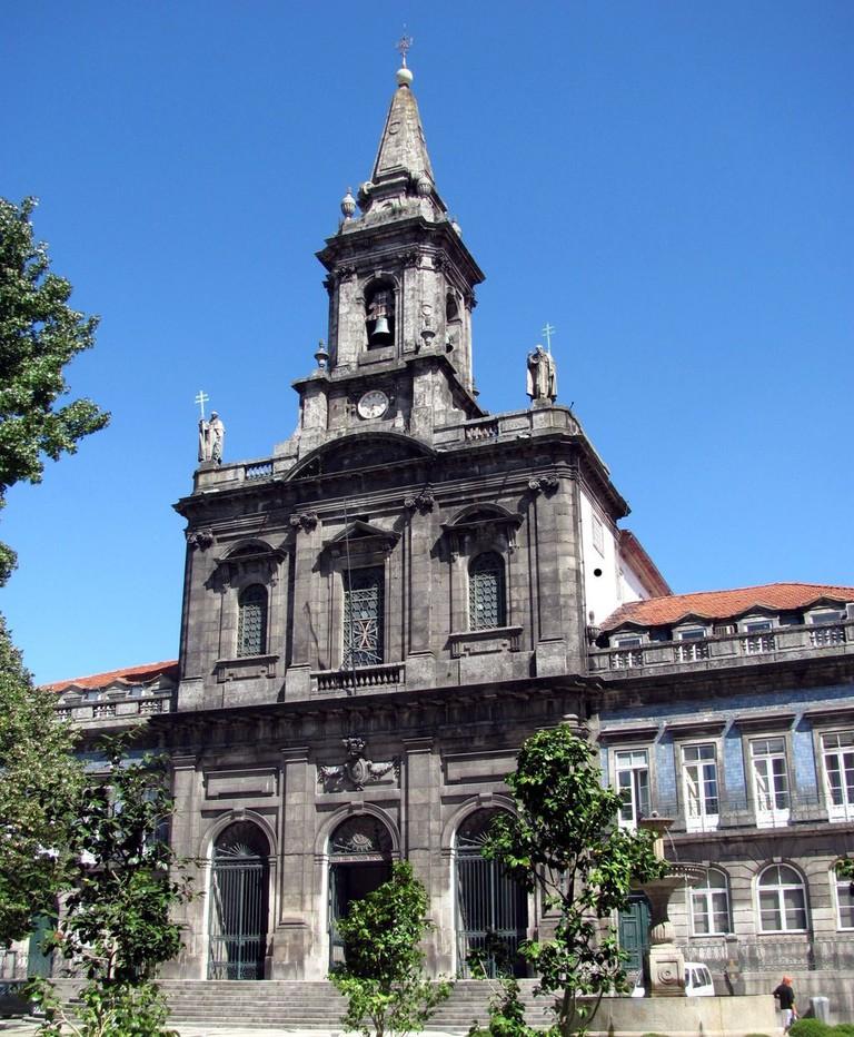 Igreja Santissima Trindade, Porto © Joao Pires / Wikimedia Commons