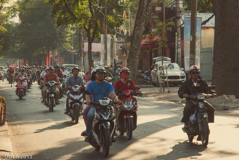 Saigon motorbikes © NguyenTuanHung / Pixabay
