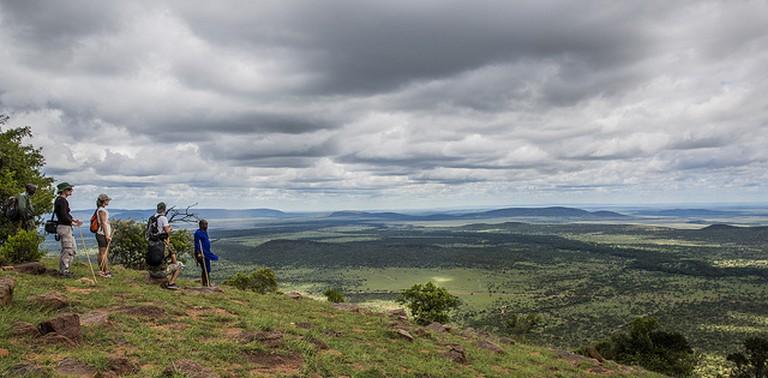 View of Maasai Mara plains from Olarro Conservancy | © Ninara / Flickr