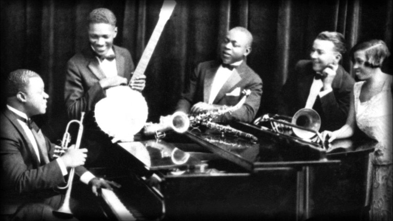 Louis Armstrong And His Hot Five playng 'Struttin' With Some Barbecue'/NationalArchive