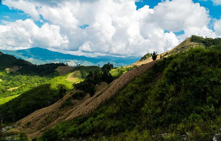 mountain-landscape-211839_1920