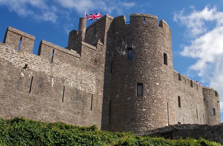 Pembroke Castle turret ©Mario Sánchez Prada/Flickr