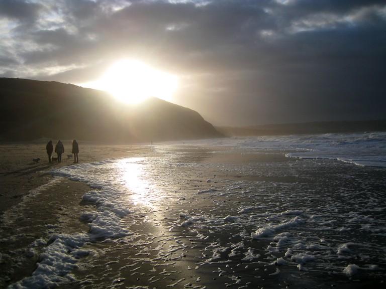 Penbryn beach and surf|©Chris Shipton/Flickr