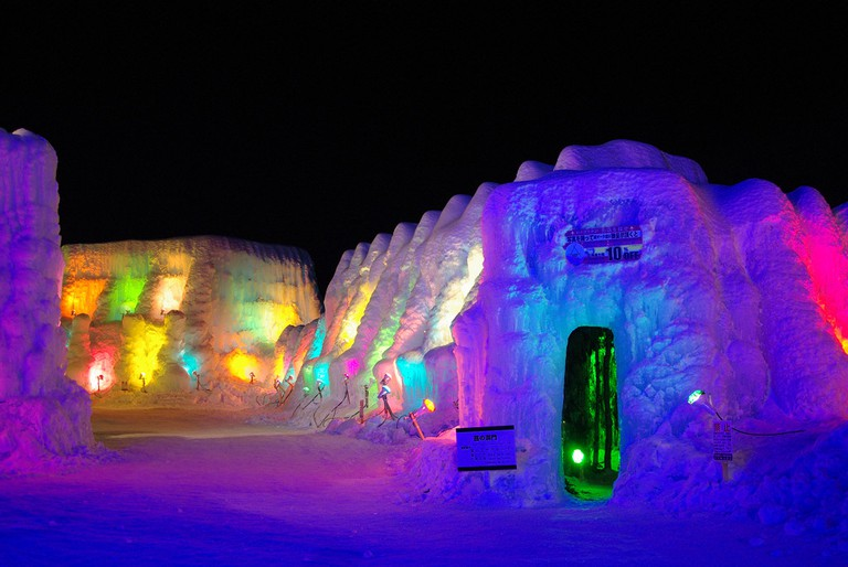 Lake Shikotsu Ice Festival illuminated by brightly colored lights | ©とまりん^^ / Photozou