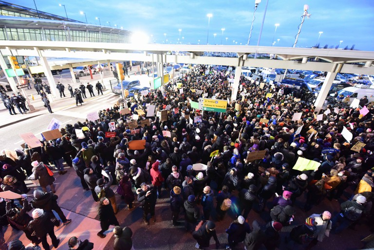 Thousands protest outside Terminal 4 at JFK Airport © Andrew Katz / Pacific Press