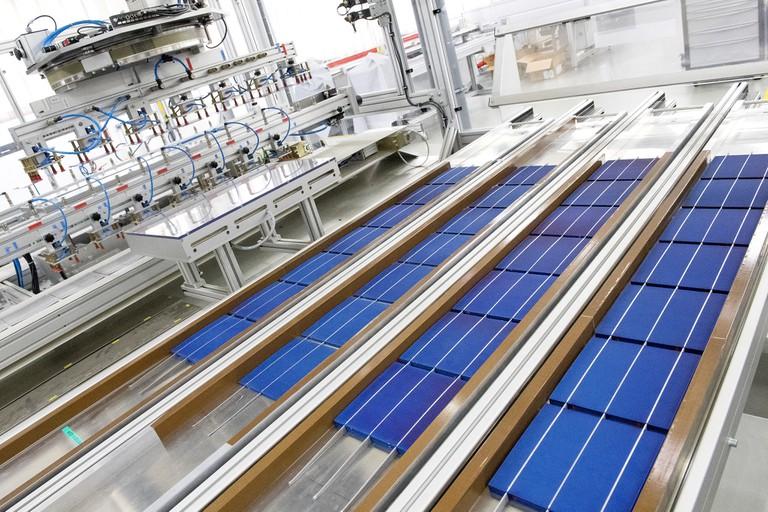 Usine SCNA SOLAR, production Wattway at Tourouvre│ © Joachim Bertrand / COLAS