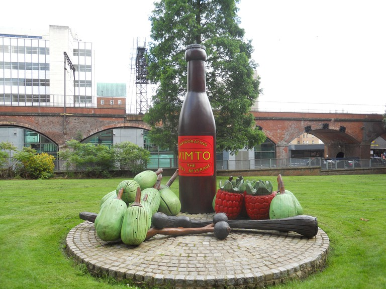 Vimto Monument | © Mikey / Flickr