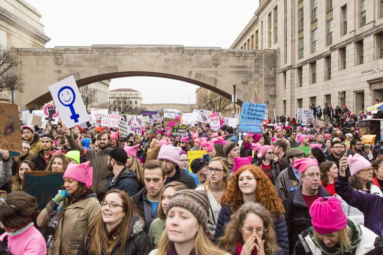 The Women's March steamed down Independence Avenue | © Amanda Suarez/Culture Trip
