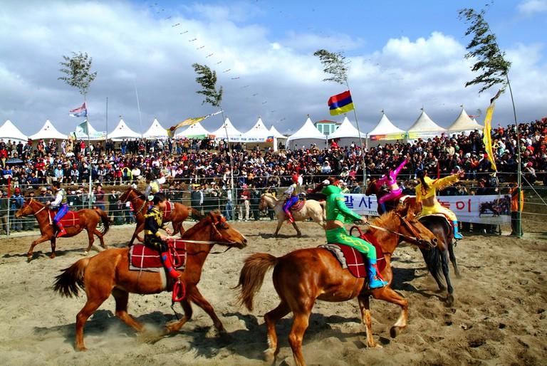 Mongolian horse riding demonstration | © Jeju Tourism Organization