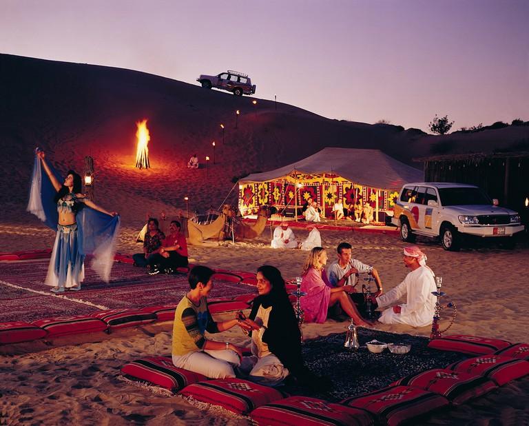Desert safari campsite |©Viator.com / Flickr flickr.com/photos/viator-things-to-do/2278714025