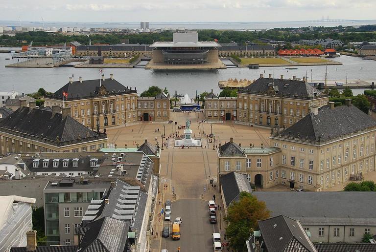 Amalienborg Palace | © Rob Deutscher / Wikimedia Commons