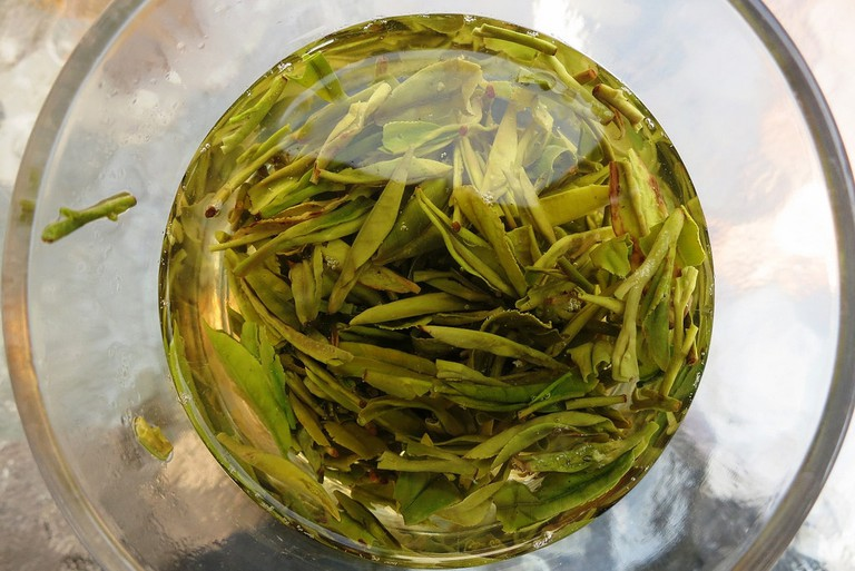 Longjing Tea | ©macchi/Flickr