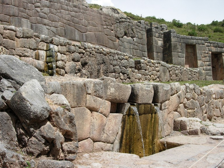 The Inca water temple Tambomachay | © Julio Martinich/Flickr