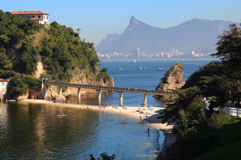 Convent and Boa Viagem beach, Rio de Janeiro | © Marinelson Almeida / Flickr