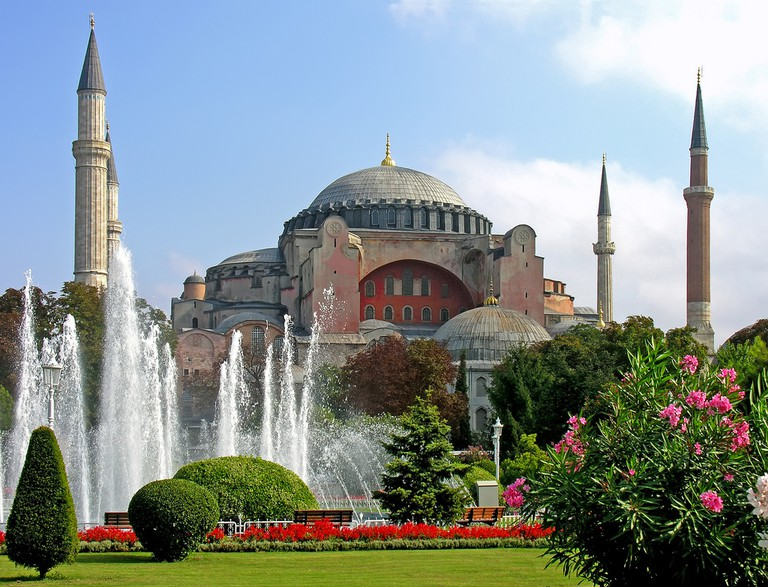 The majestic Hagia Sophia in Istanbul | © Dennis Jarvis/Flickr