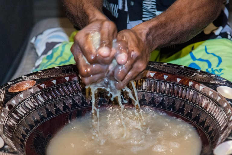 Preparing kava   © Arnie Papp / Flickr