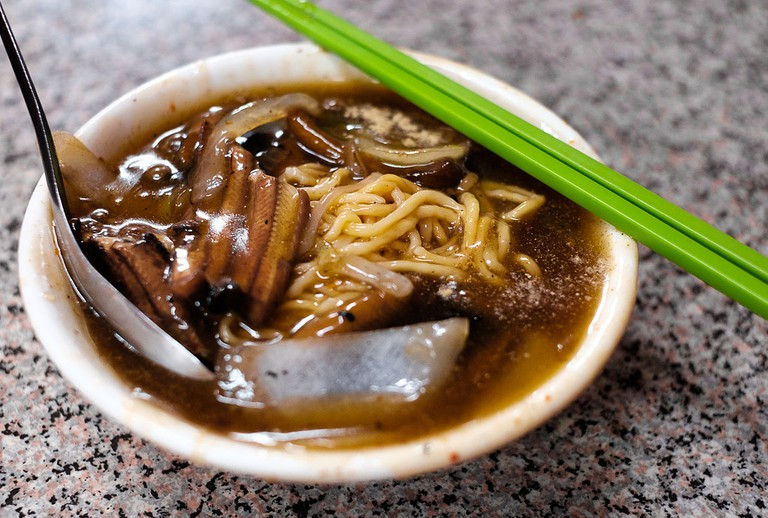 Eel Noodles | ©Matthew Hine/Flickr