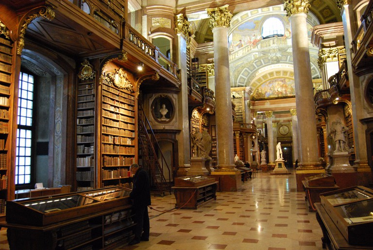 The impressive Prunksaal at the Austrian National Library | © Ferran Porta / Flickr