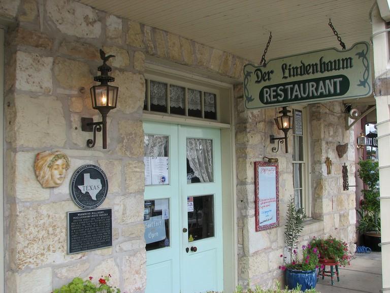 Der Lindenbaum Restaurant © QuesterMark